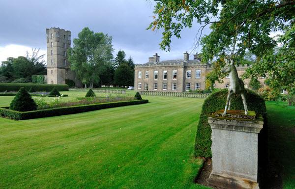 Gordon-Castle-Tower
